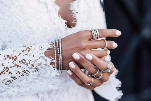Pick Jewelry That Compliments Your Skin Tone